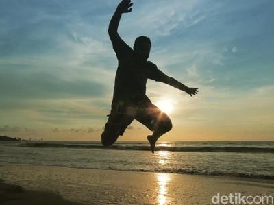 Nikmati Sunset Terakhir 2016, Pantai Florida Anyer Tempatnya