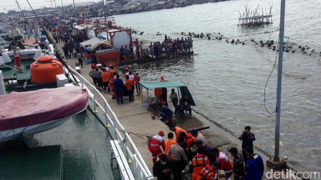 Satu Korban Kapal Zahro di RSCM Mengalami Trauma Inhalasi