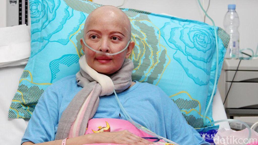 Belajar dari Pengalaman Yana Zein yang Berjuang Lawan Kanker Payudara