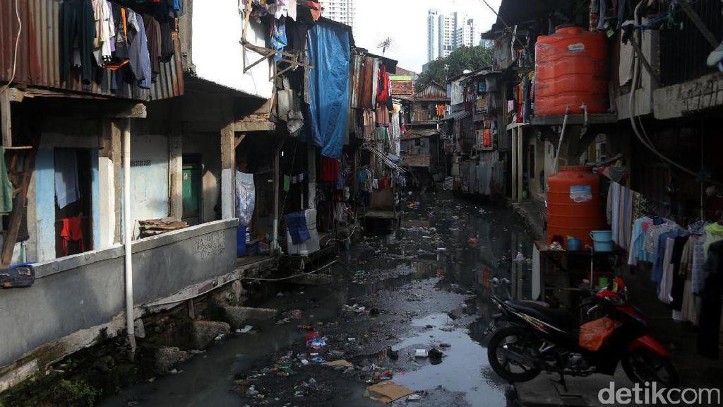 Banyak Penduduk Miskin Pindah ke Kota Bikin Kawasan Kumuh Bertambah