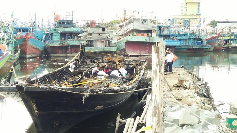 KM Zahro Terbakar Tewaskan 24 Penumpang, KNKT: Api dari Generator