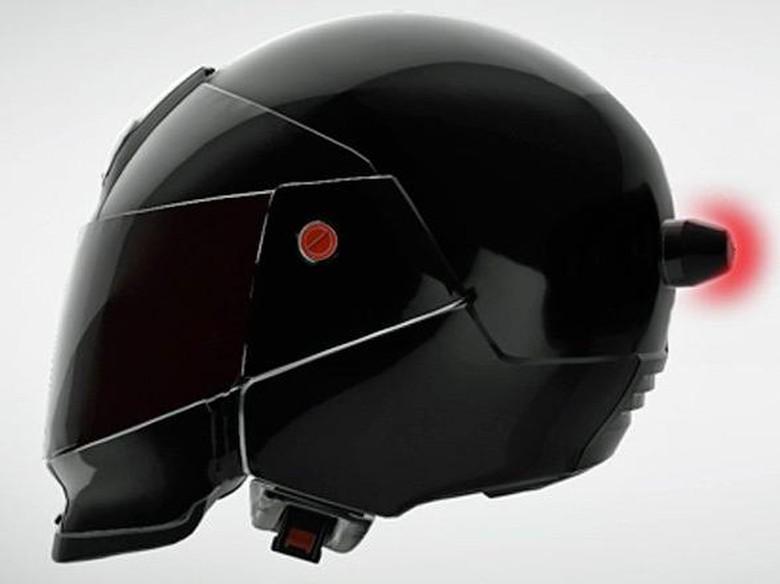 Lampu Rem Ini Bisa Dipasang ke Helm