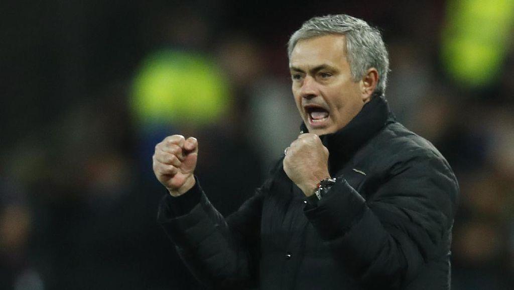 Sir Alex Sanjung Mourinho yang Kini Lebih Kalem