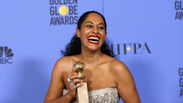 Tracee Ross, Kulit Hitam Pertama yang Menang Golden Globe Setelah 35 Tahun