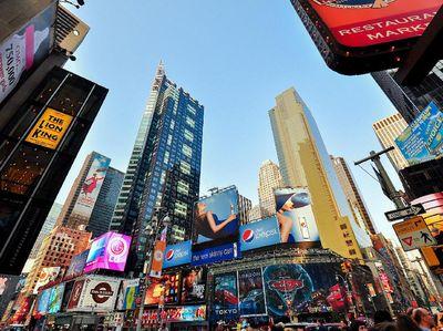 Melihat Persiapan Malam Tahun Baruan di Times Square