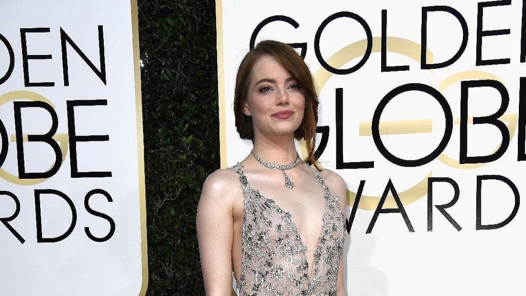 Foto: 7 Gaya Memukau Emma Stone, Nominasi Aktris Terbaik Oscar 2017