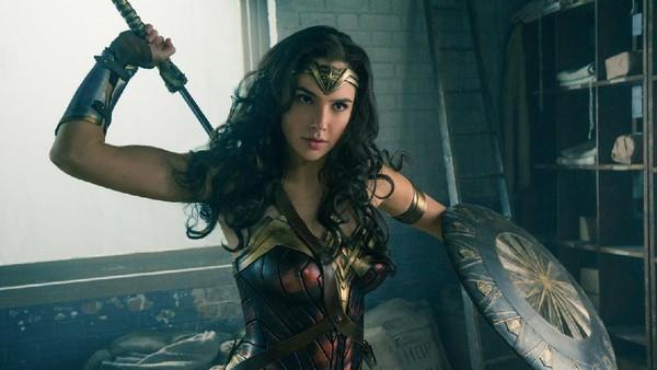 Gal Gadot Sempat Sulit Napas saat Pakai Kostum Wonder Woman