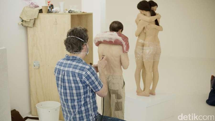Patung-patung Hiper Realis Bikin Merinding