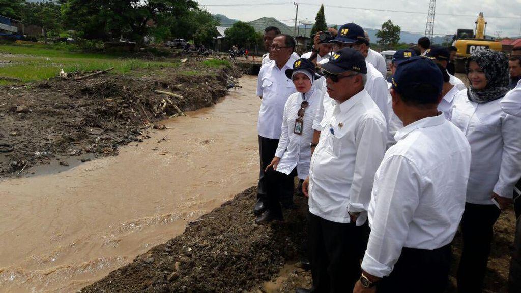 Menteri PUPR Tinjau Langsung Penanganan Banjir di Bima NTB