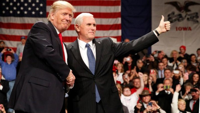Donald Trump dan Mike Pence Foto: REUTERS/Shannon Stapleton