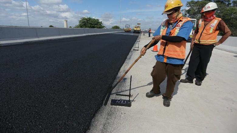 Jalan Tol Jakarta-Cikampek II Selatan Telan Dana Rp 13 T
