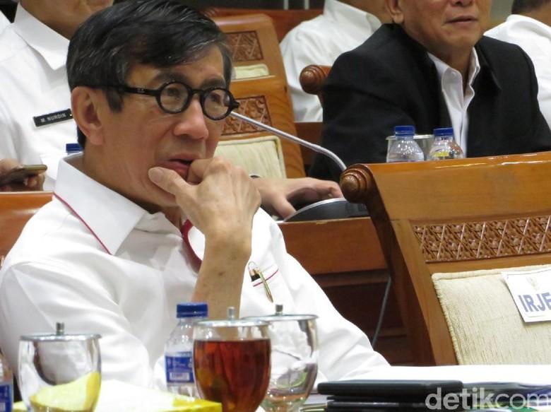 Temui Jokowi, Menkum HAM Lapor soal Revisi UU Antiterorisme