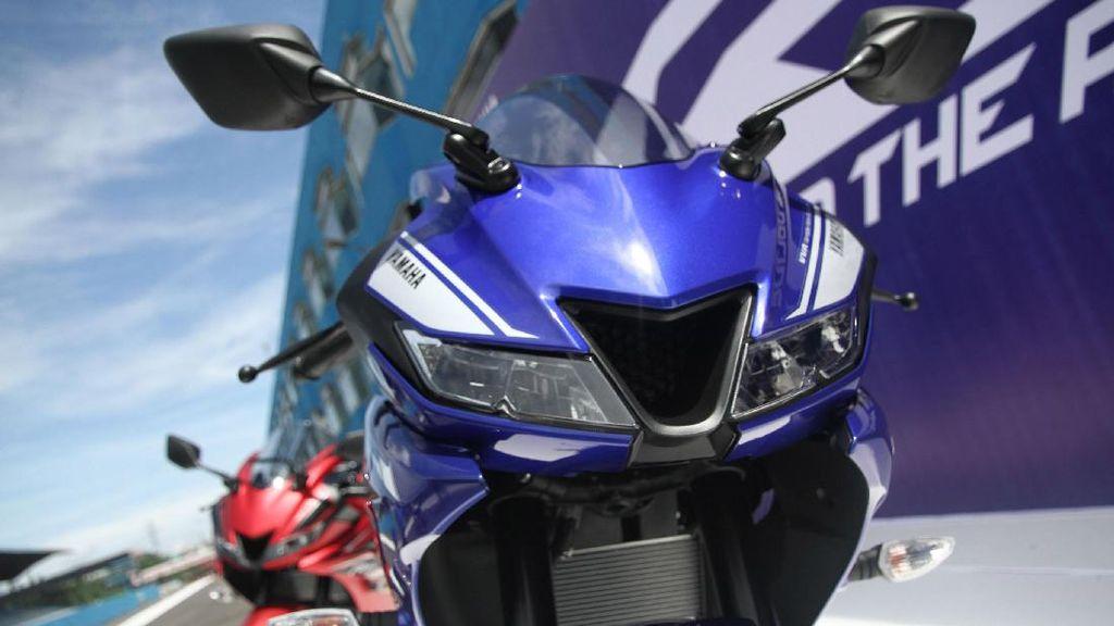 Januari, 2 Motor Matik Honda Dilawan 3 Motor Sport Yamaha