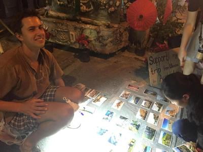 Kisah Traveler Ukraina, Jualan Foto Supaya Bisa Keliling Dunia
