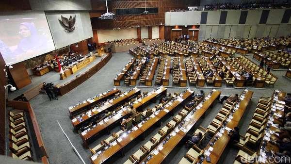 DPR Makin Digdaya, Jokowi Tak Kuasa