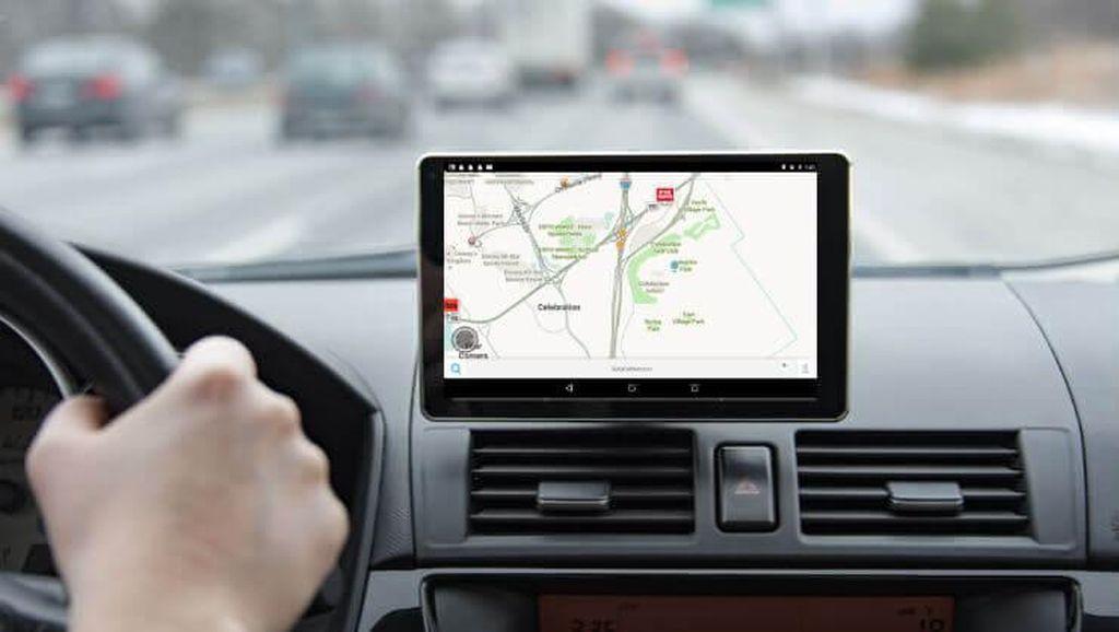 Ini Cara Aman Lihat GPS Saat Berkendara