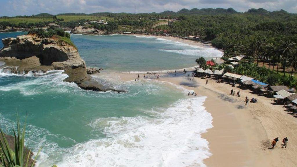 Foto: Pantai-pantai Cantik di Kampung Halaman SBY