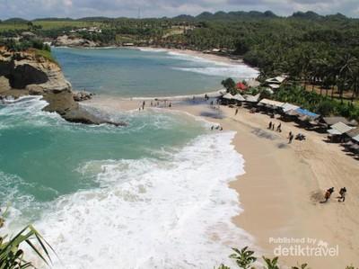 5 Pantai Cantik di Pacitan Buat Libur Akhir Pekan Kamu