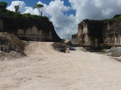 Bukit Jaddih, Spot Foto yang Keren di Madura