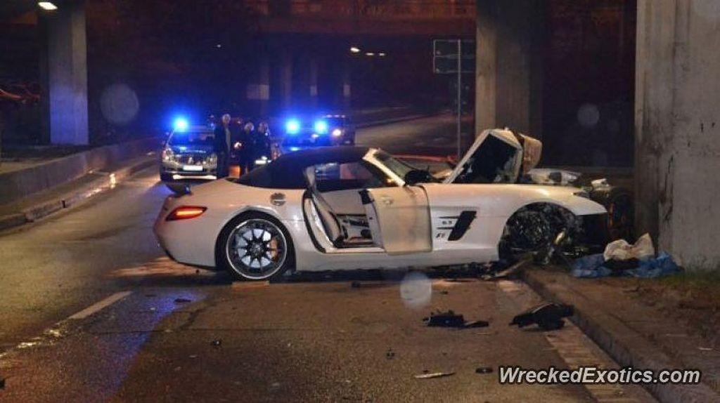 Kecelakaan-kecelakaan Mobil Sport Mahal di Dunia