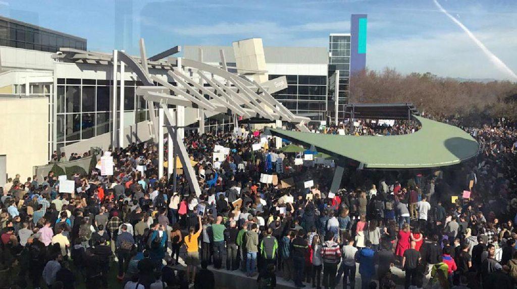 Ribuan Karyawan Google Demo Kebijakan Trump