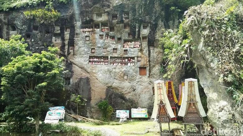 Makam di Lemo Toraja (Bonauli/detikTravel)