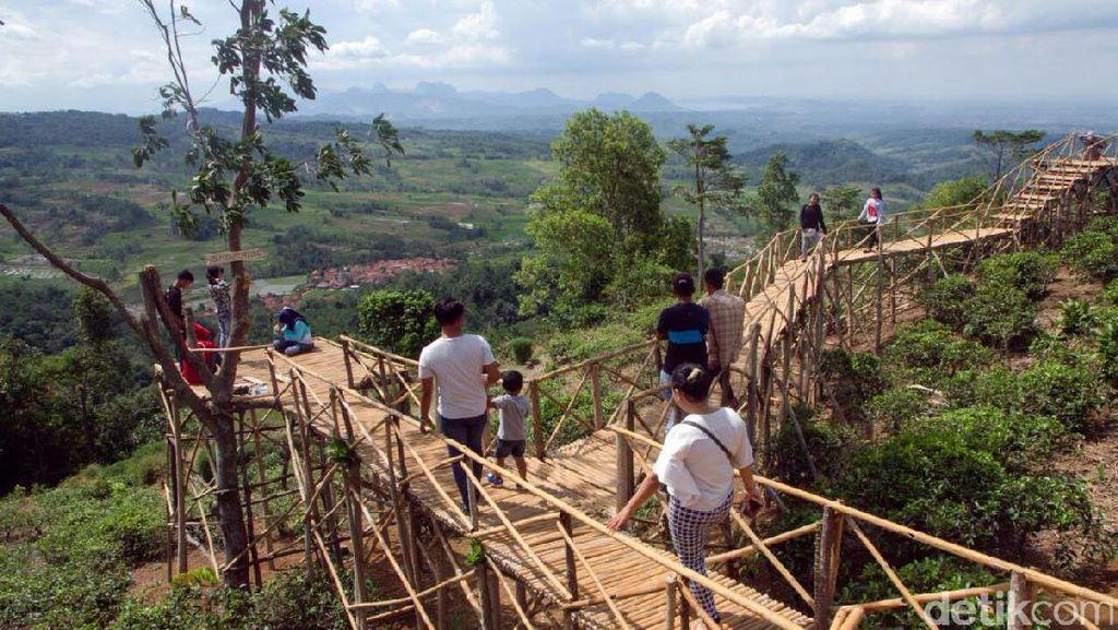 Bandung Punya Tebing Keraton, Purwakarta Punya Panenjoan