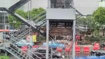 Pembangunan Lift di JPO Jalan Basra Surabaya Kembali Dilanjutkan