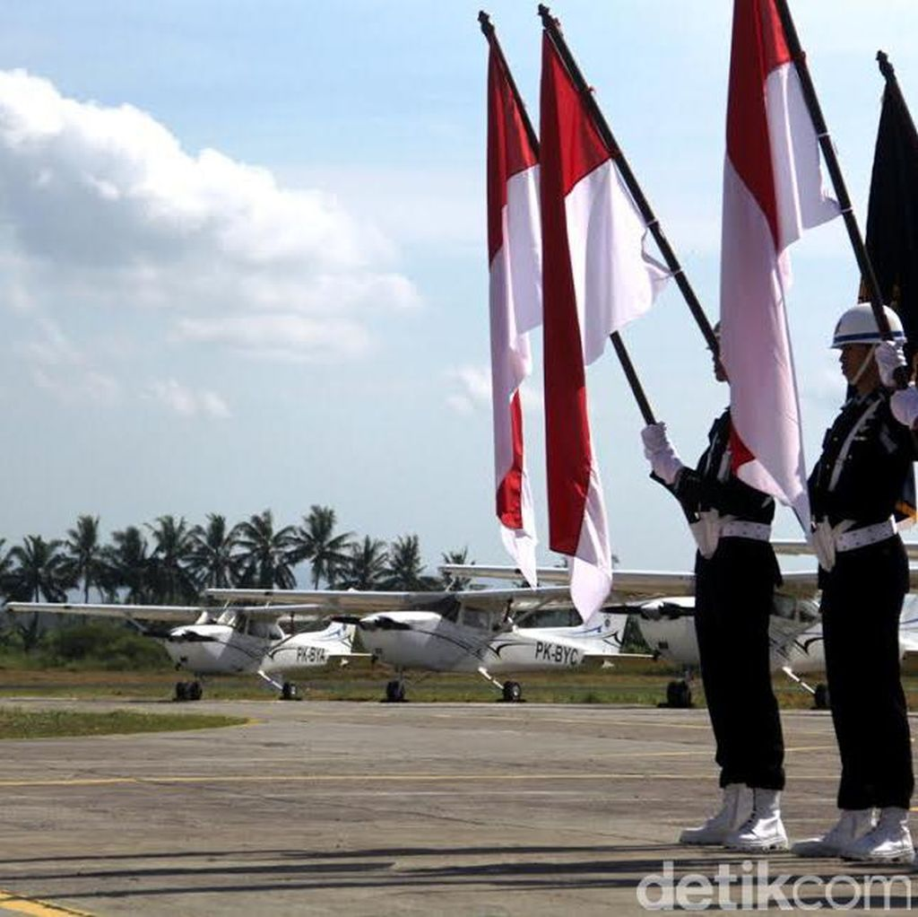 Ribuan Pilot Nganggur, Kemenhub Imbau Sekolah Pilot Merger