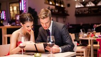 Survei Sebut Makan Malam Romantis Saat Valentine Tidak Sepopuler Dulu