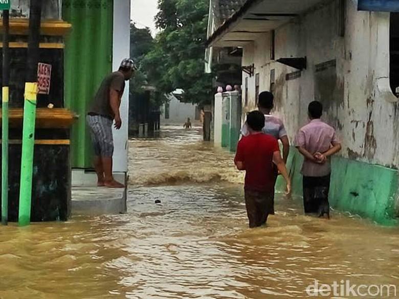 Banjir Lumpur Terjang 12 Desa dan Kelurahan di Sampang