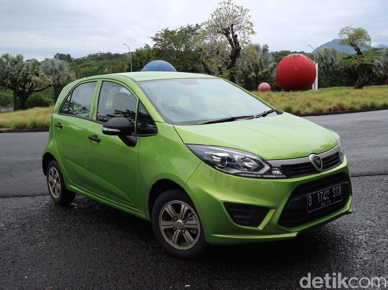 Proton Yakin Mobilnya Masih Diminati di Indonesia