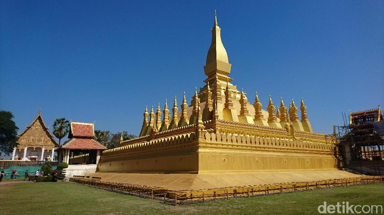 Stupa Pha That Luang, lanmark terkenal di negara Laos (Masaul/detikTravel)