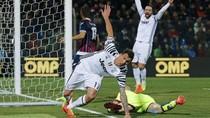 Mandzukic-Higuain Menangkan Juventus