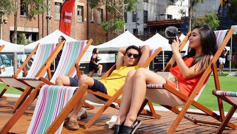 Foto: Pasangan vlogger Arief-Tipang sewaktu liburan ke Sydney, Australia minggu lalu (Tiara Pangestika/Instagram/Istimewa)