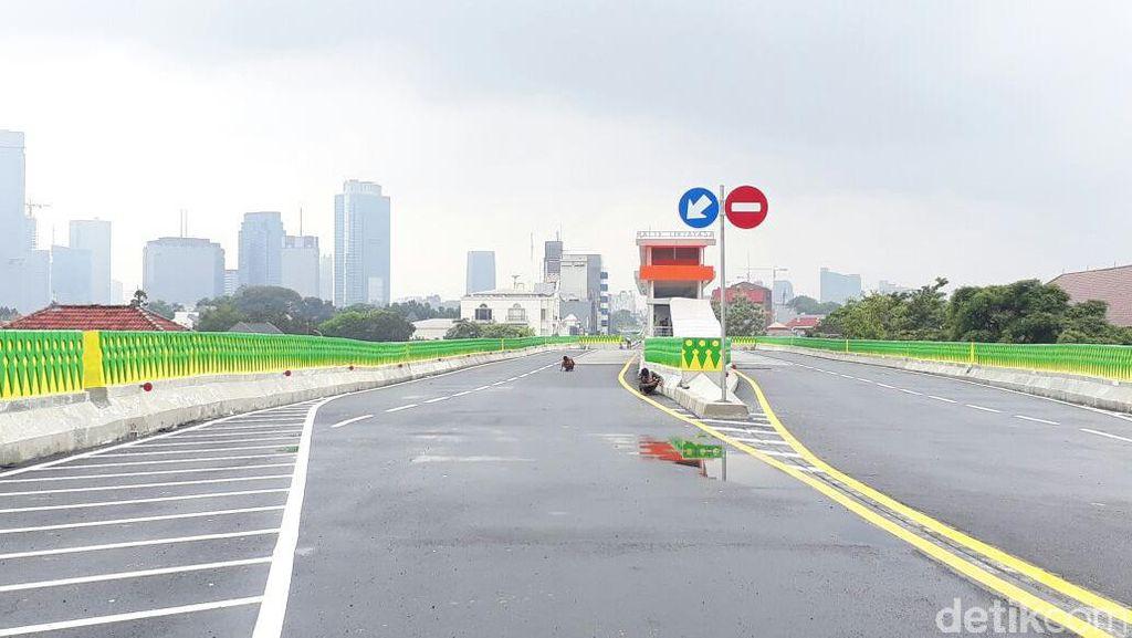 Melihat dari Dekat Proyek Busway Layang Ciledug-Tendean