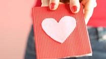 Generasi Millenial Lirik Toko Online Beli Kado Valentine