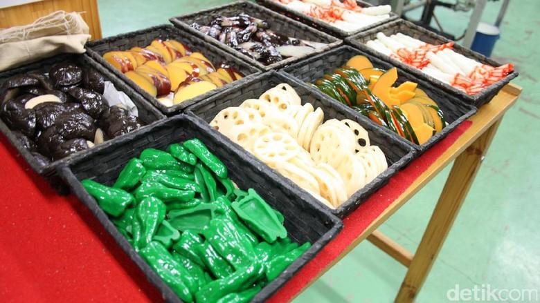 Foto: Replika makanan yang dibuat di Desa Iwasaki (Firdaus/detikTravel)