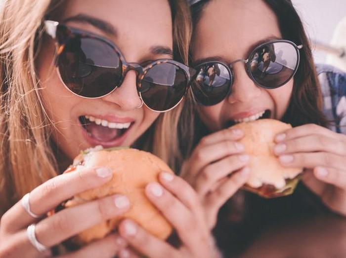 Begini prosesnya beralih dari junk food ke makanan sehat/Foto: iStock