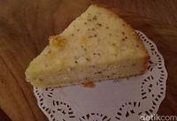 Berrywell: Segar Menyehatkan Smoothies Bowl Acai Berry dan Lemon Chia Cake