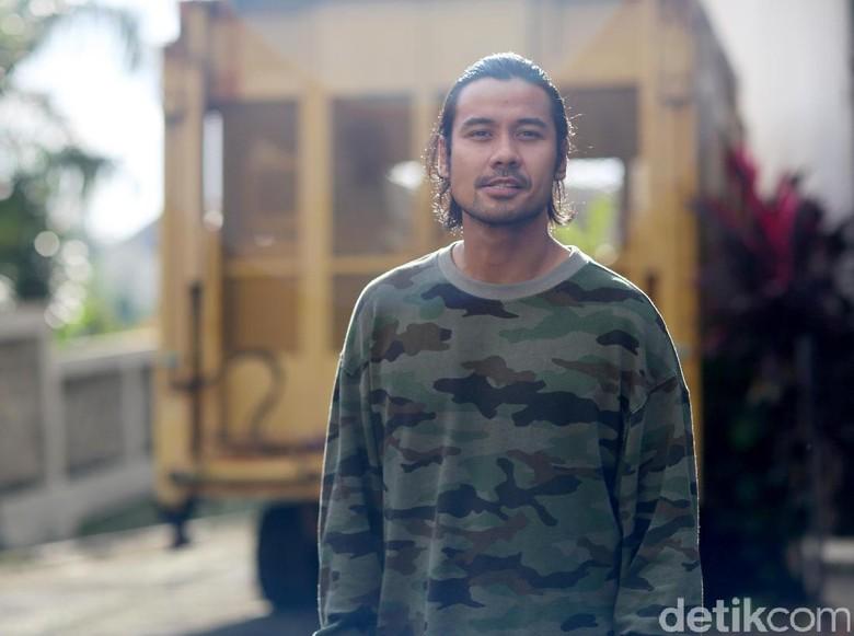 Chicco Jerikho Akui Dekat dengan Mikha Tambayong