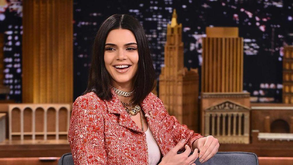 Setelah Kim Kardashian, Kini Kendall Jenner yang Kerampokan