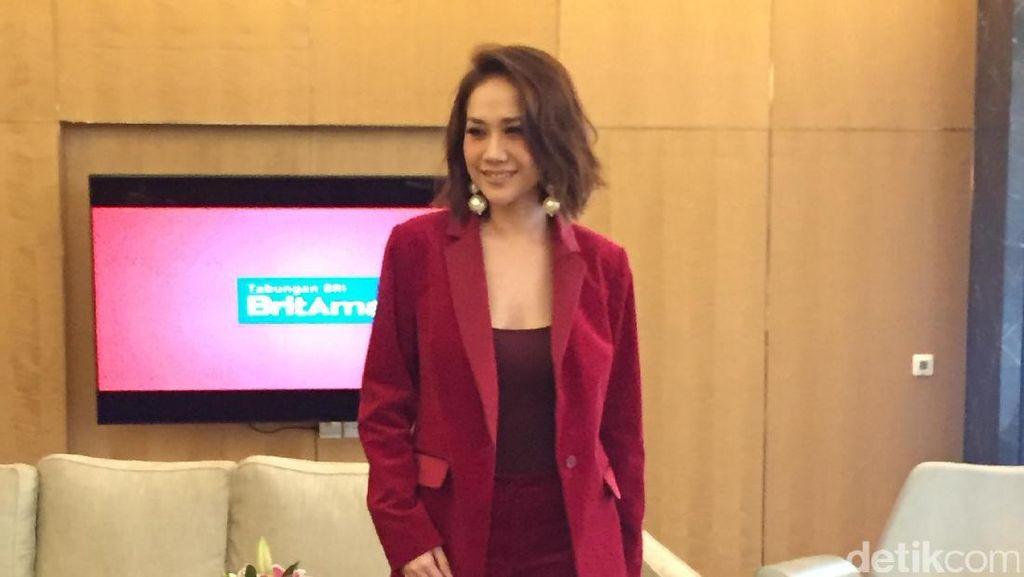 Suka Ganti Gaya & Warna Rambut, Cara BCL Bahagiakan Diri