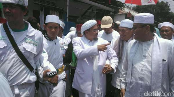 Habib Rizieq: Kalau Kebangkitan Umat untuk Demo Saja, Mubazir