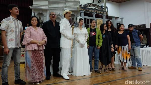 Teater Koma Pentaskan Ulang Opera Ikan Asin