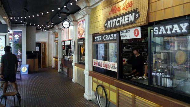 Deretan kedai makanan di Spice Alley (Wahyu/detikTravel)