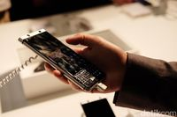 Hands-on BlackBerry KEYone: Begitu Berbobot!