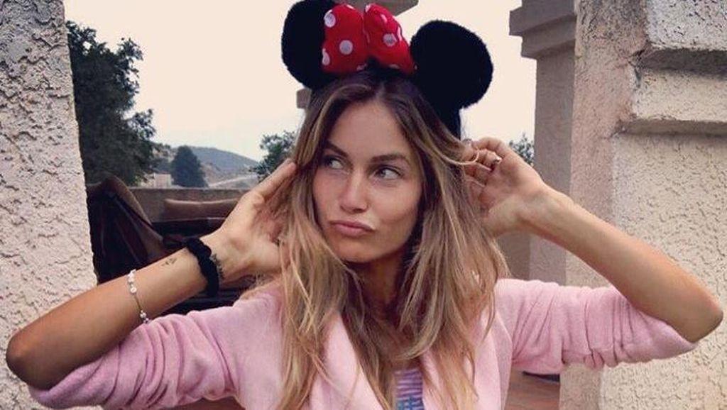 Perempuan-perempuan Seksi di Kehidupan Cinta Valentino Rossi
