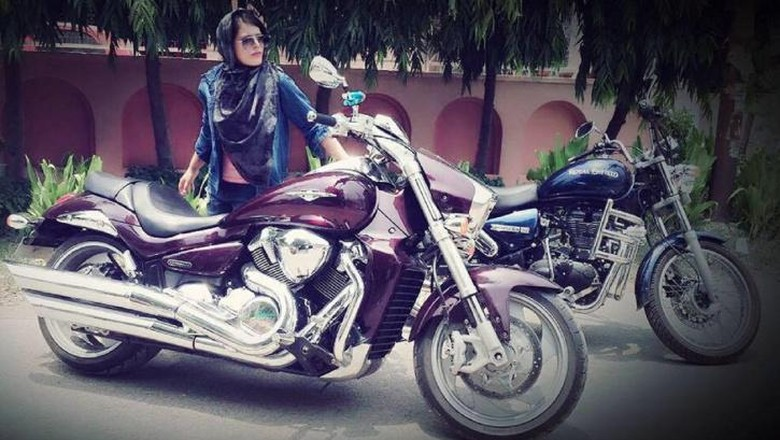 Keren, Wanita Berkerudung Asal India yang Suka dengan Moge