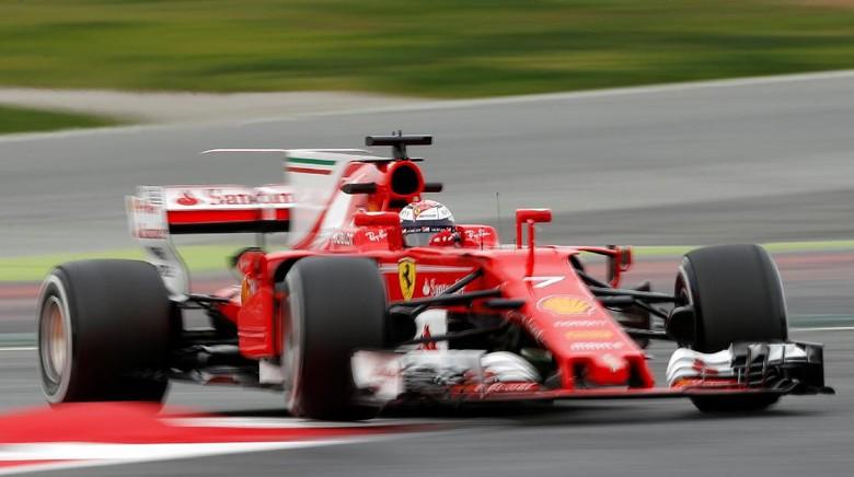 Ungguli Hamilton, Raikkonen Terbaik di Hari Kedua